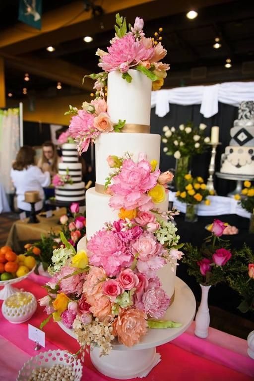 Gorgeous Statement Sugar Flower Wedding Cake