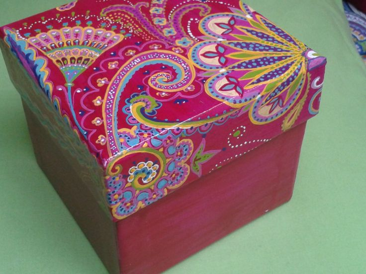 Painted box - Caja pintada