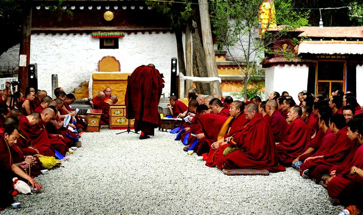 Why do Lamas wear deep red robes  http://absolutechinatours.com.au/why-lamas-wear-red-robes_tp.html