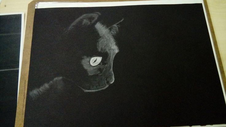 Pasztell alkotás - fekete lapon, fehér pasztell. Kolati Krisztina rajza