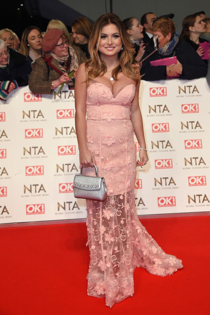 Zara Holland Photos Photos - Zara Holland  attends the National Television Awards on January 25, 2017 in London, United Kingdom. - National Television Awards - Red Carpet Arrivals