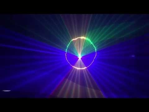 Là thế hệ đèn Laser karaoke sân khấu sử dụng công nghệ quét tia mới nhất tạo ra hàng triệu màu bằng cách trộn từ 3 màu trong đèn: RED – Green – Blue. Công suất tổng cộng 3 màu 1W đến 1,2W.  Đèn Laser karaoke 104s có 4 chế độ chạy thông minh: Tự động, cảm ứng nhạc.  11 kênh DMX, ILDA giúp bạn điều chỉnh đèn theo ý muốn.  3 bộ quét gôm tia từ một gương quét duy nhất tạo không gian sôi động đầy màu sắc cho phòng Karaoke VIP.  Đèn Laser karaoke chính hãng PAH – Bảo hành 12 tháng.