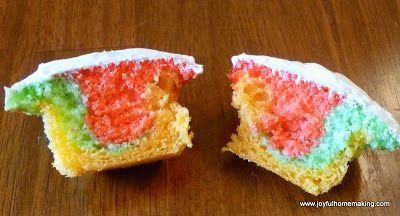 Tie Dye Cupcakes--so easy and fruity tasting! http://joyfulhomemaking ...