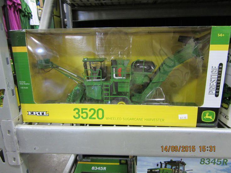 1/16th John Deere 3520 Prestige sugar cane harvester