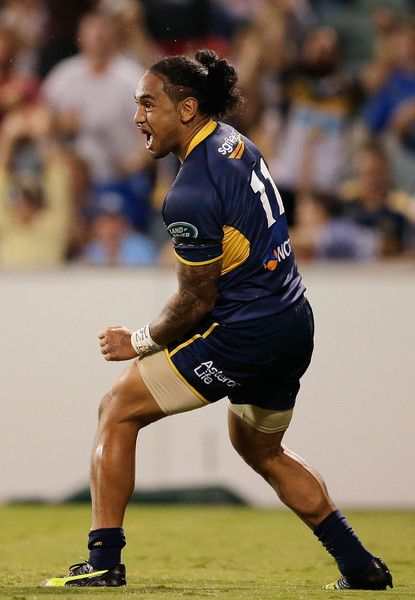 Joe Tomane Photos - Joe Tomane of the Brumbies celebrates scoring a try during the round two NRL match between the Brumbies and the Waratahs at GIO Stadium on March 4, 2016 in Canberra, Australia. - Super Rugby Rd 2 - Brumbies v Waratahs