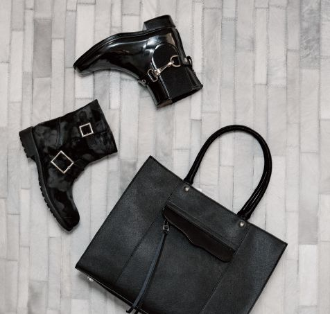 From comfortable to amazing these @burberry rain booties and these @jimmychooltd suede booties + @RebeccaMinkoff black tote are the perfect accessories for a get away weekend! Available @holtrenfrew and @maisonogilvy   Featuring in our accessories editorial of Mixte Magazine 16 #fall #Getaway #jetset #booties #blacktote