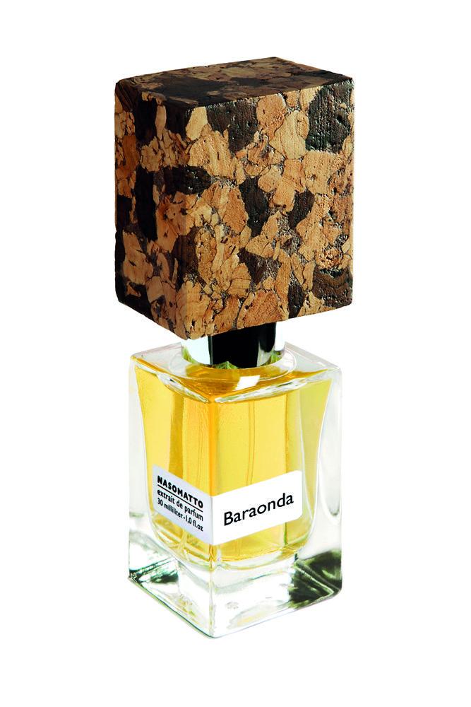 Baraonda – опьяняющий аромат, вдохновлённый лучшими сортами виски. Новая история от сумасшедшего парфюмера Алессандро Гуалтиери рассказана без слов, на более тонком ароматическом языке, рассчитанном на ценителей арт-парфюмерии. Поклонники согревающих, дымно-древесных, горьковато-ореховых ароматов, напоминающих в определенные моменты выдержанные сорта виски или горький шоколад будут очарованы этими роскошными духами. #ПарфюмерияИнтернетМагазин #ПарфюмерияИКосметика #ПарфюмерияЮа #Купить...