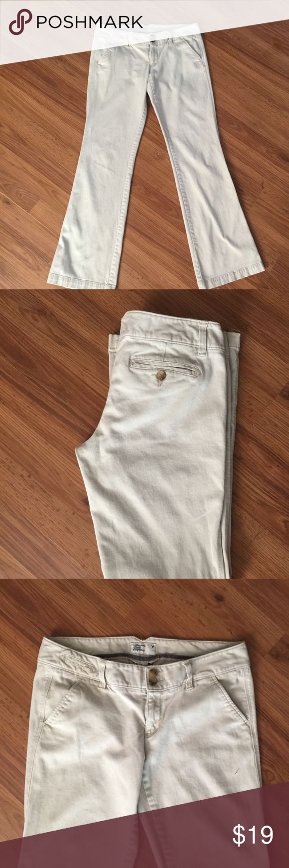 🍩 AEO Khaki Trouser Flare Pants 🍩 Soft American Eagle Trouser Pants with a Flare bottom. No stains, in good condition. Size 6. Bundle from my closet and save!! 💵 American Eagle Outfitters Pants Boot Cut & Flare
