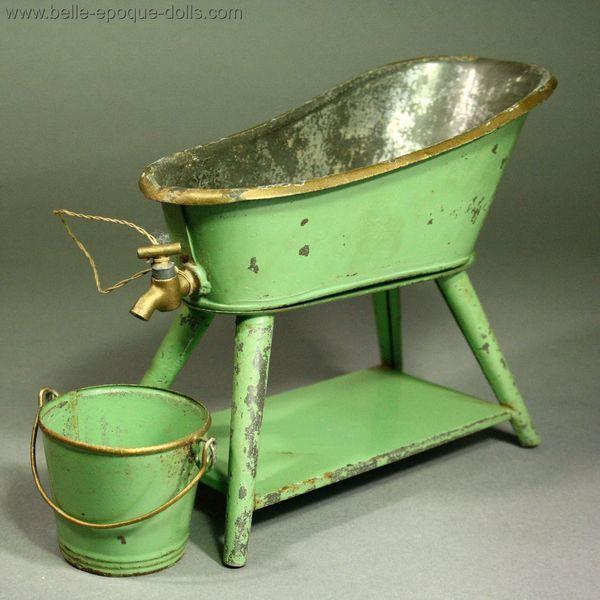 Antique Dolls House Furniture / Antique Dollhouse Tin Bathroom Set ...