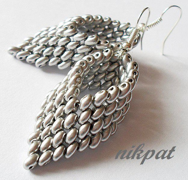 Superduo leaf/wing earrings detailed tute, needs translation