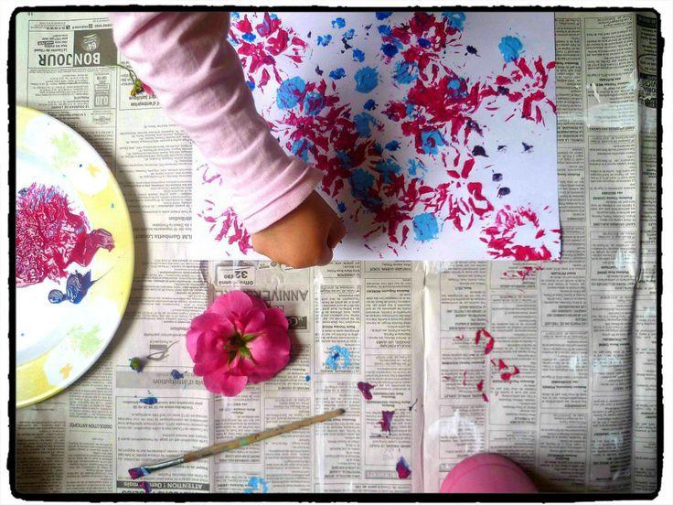 peindre avec des fleurs bricolage printemps printemps. Black Bedroom Furniture Sets. Home Design Ideas