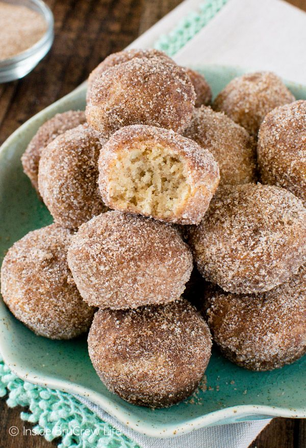 ... Pinterest | Cinnamon rolls, Apple fritters and Homemade cinnamon rolls
