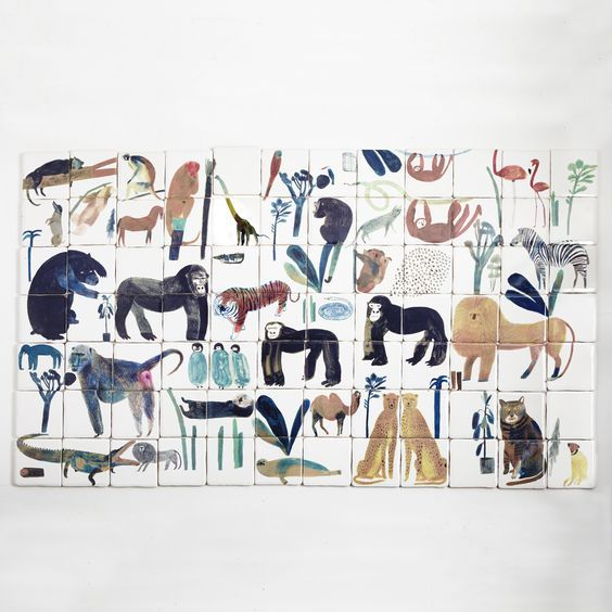 In love with the Illustrated ceramic tiles by Laura Carlin, on the blog today! http://www.artisticmoods.com/laura-carlin/