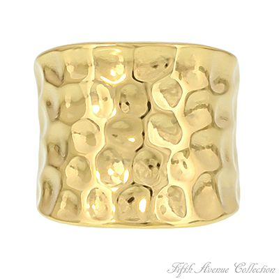 Modestly Modern Ring. go to http://www.fifthavenuecollection.com/public/en-au/acentofanti    click on Jewellary then Rings