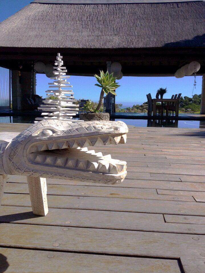 Fun croc bench