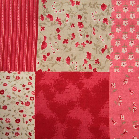 Bavlněná látka Červeno-béžový patchwork