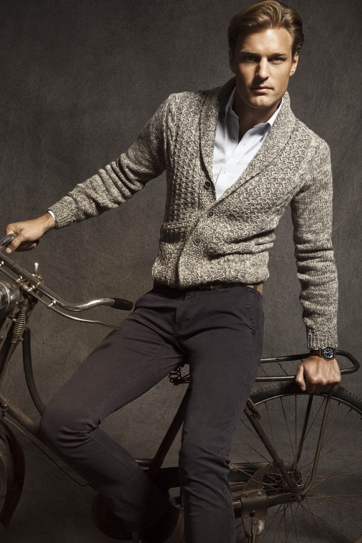 002 LB Man Julio IMG 0083 800x1200 Doug Pickett is a Polished Gentleman for the Massimo Dutti August 2012 Lookbook