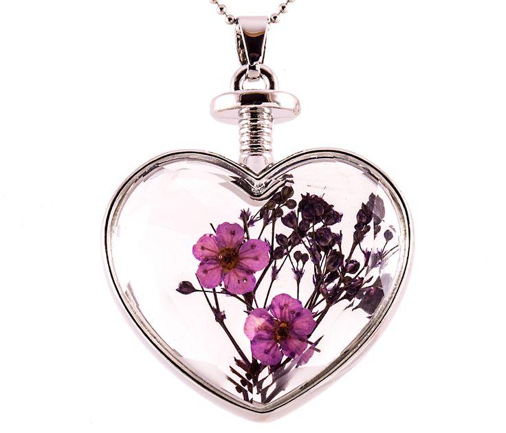 Lila virágos nyaklánc https://www.blingekszer.hu/termekek/nyaklancok/lila-floreria