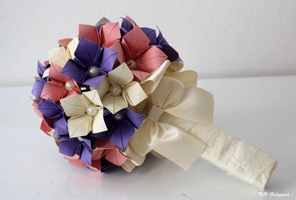 Buquê de origami em flores de hortências, uma bela opção para guardar para sempre , uma lembrança de um momento único em sua vida!