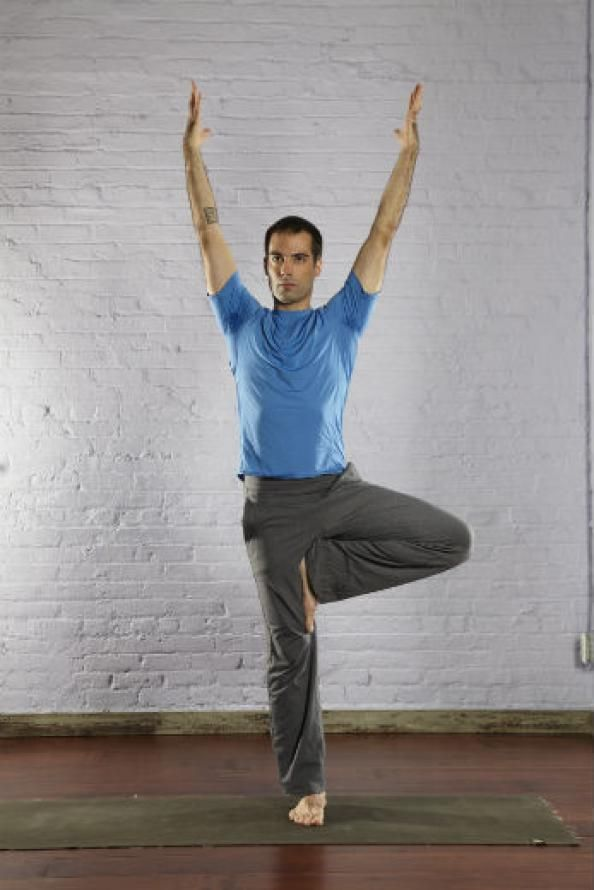 Best Yoga Poses for Men - Tree Pose - Top 10 Yoga Poses for Men - Men's Fitness