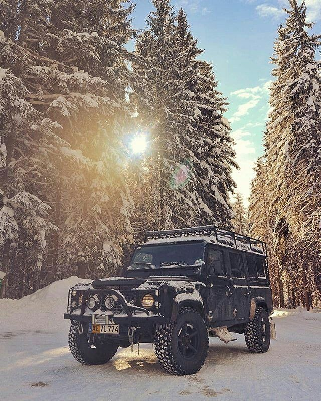 Land Rover Defender 110 Sw A fresh good morning to you all.