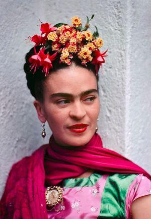 Frida Kahlo a color en 13 fotografías poco conocidas