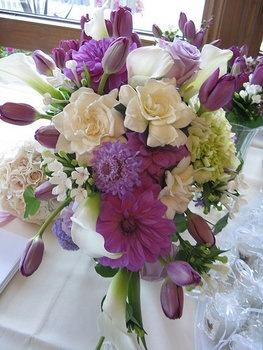 Wedding, Flowers, Purple: Receptions Flowers, Purple Flowers, Bride Bouquets, Purple Weddingidea, Purple Wedding Flowers, Flowers Pictures, Floral Arrangements, Flowers Ideas, Purple Bouquets