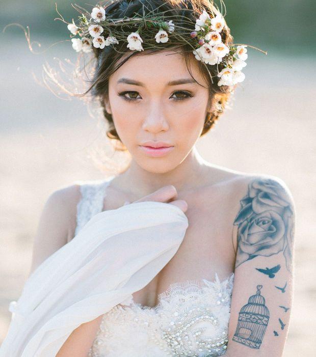 Photo : Une mariée tatouée et ses demoiselles d'honneur