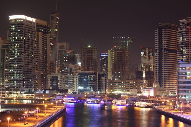 Night View in Jumeirah Beach Residence, Dubai, UAE by Muhammad Hassan on 500px