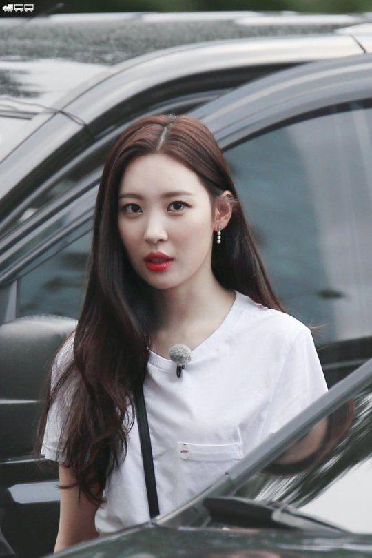 Pin on Sunmi (Lee Sun-Mi)