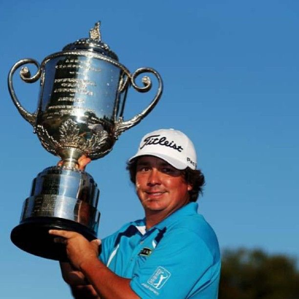 Jason Dufner picks up his first major win at the 2013 PGA Championship.