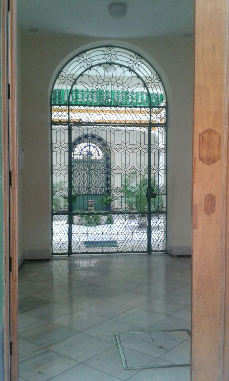 Gietijzeren deur