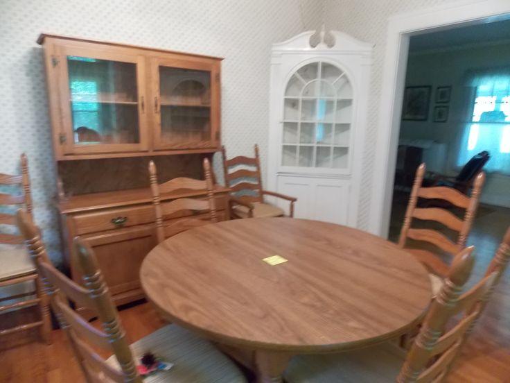 8 Piece Oak Dining Room Set In Motyjs Garage Sale Midlothian IL For 45000