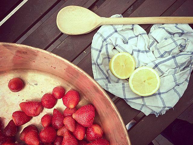 Selbstgemachtes aus der Gartenküche | Erdbeermarmelade ohne Gelierzucker