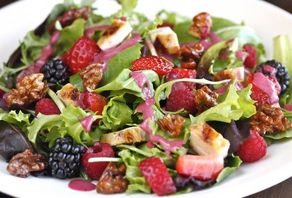 Wild Berry and Grilled Chicken Salad with Candied Walnuts | The Hopeless Housewife®