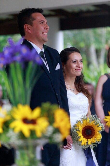 Ceremony. Sunflower bouquet.