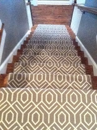 love this patterned stair runner.