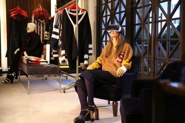 "VRヘッドセットを装着したら、そこはファッションショーの最前列!トミー・ヒルフィガーの""v-コマース""施策 | AdGang"