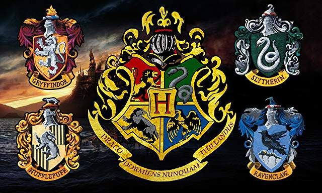 Amazon Co Uk Harry Potter Vinyl Wall Stickers Prime Eligible In 2020 Harry Potter Potter Harry Potter Memes