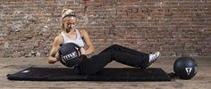 8 ejercicios con balón medicinal para el core
