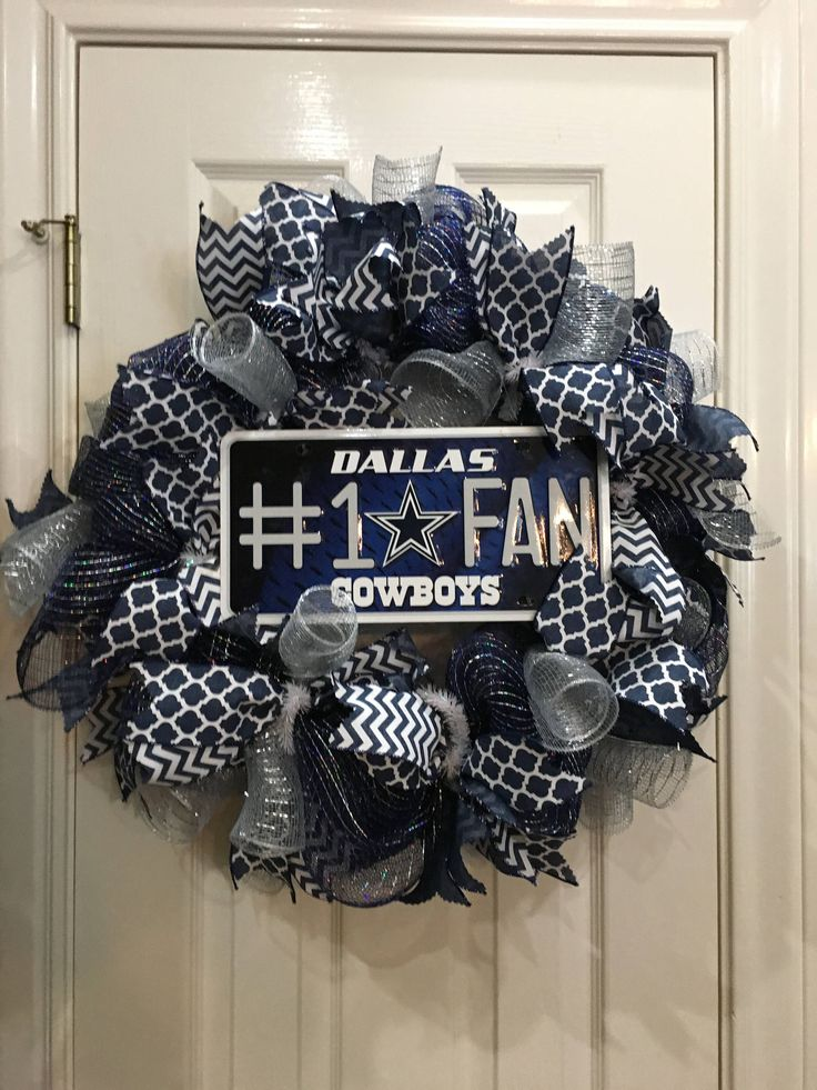 Dallas Cowboys Wreath, Cowboys, NFL Wreath, Dallas Wreath, Football, Deco Mesh Wreath, Decomesh by KeysToTheCottage on Etsy