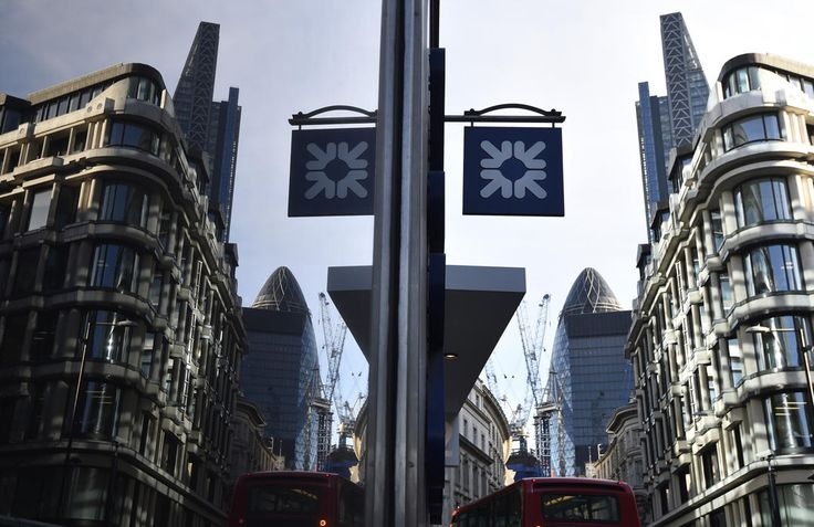 A branch of the Royal Bank of Scotland is seen in the City of London December 16, 2014. The Bank of England warned Britain's banks they should expect a more exacting test next year of their defences in the event of a crisis abroad, after state-backed lenders narrowly passed a debut check focused on potential domestic strains. Lloyds and rival Royal Bank of Scotland scraped through this year's test