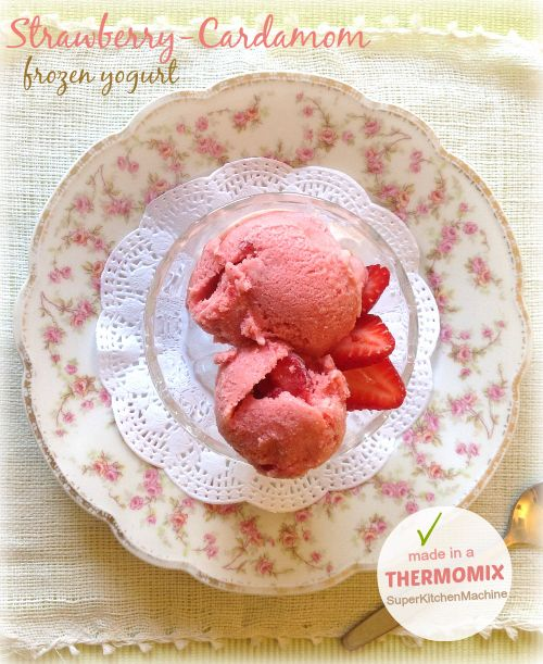 Strawberry-Cardamom frozen Greek Yogurt