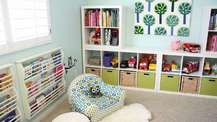 Estanter as con cajas para mantener orden habitaciones - Cajas para estanterias ...
