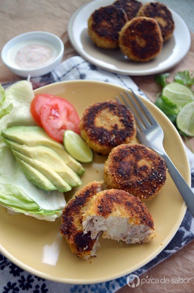 Croquetas de papa y atún (tortitas de atún y papa)   http://www.pizcadesabor.com/2015/03/13/croquetas-de-papa-y-atun-tortitas-de-atun-y-papa/