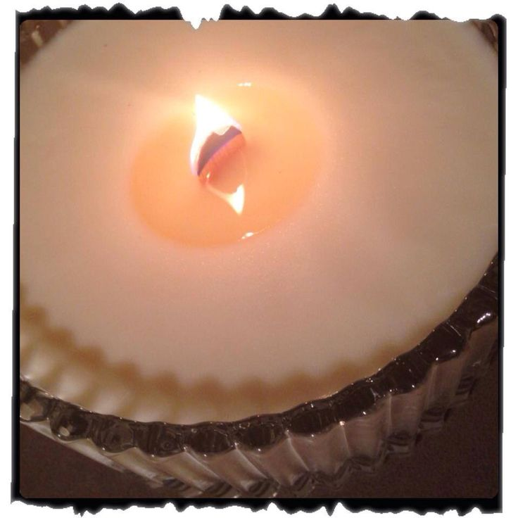 Hand crafted soy/beeswax candle with wood wick