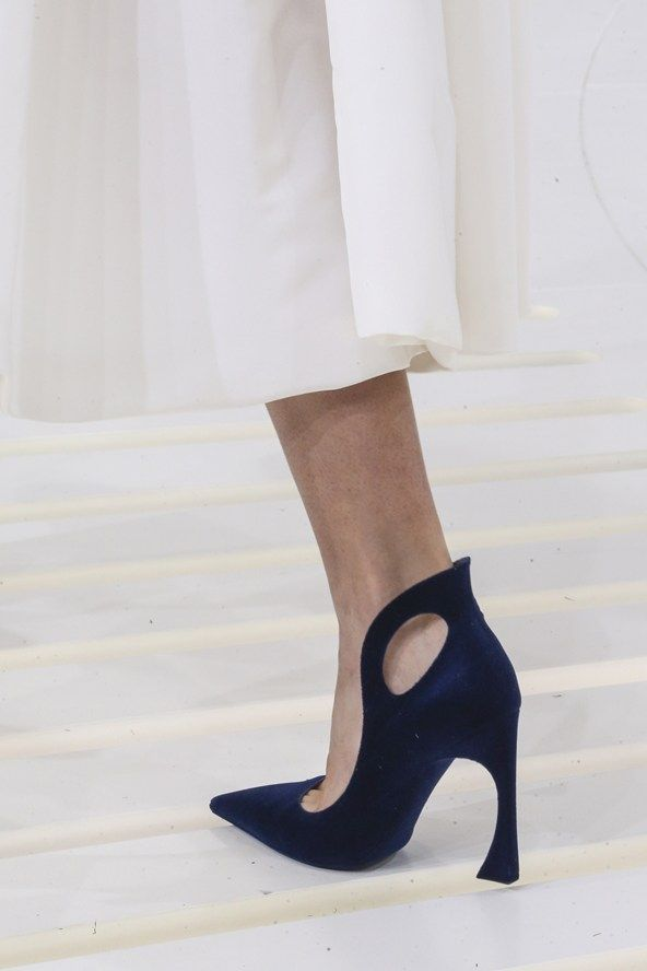 Christian Dior Couture A/W 2014-15..... I love the unusual shape of these heels and how they look like they have come from a fairy tale