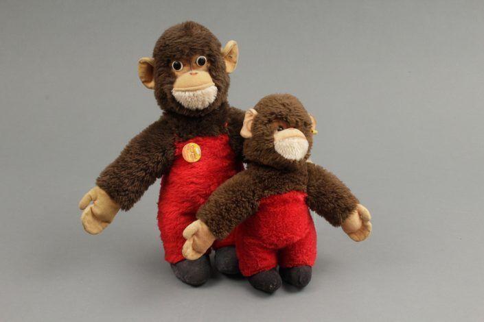 Zwei Affen von Steiff