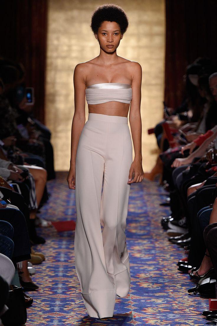 Brandon Maxwell Spring 2017 Ready-to-Wear Fashion Show - Lineisy Montero