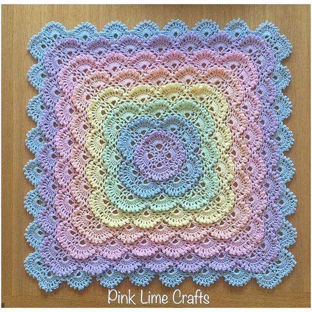 I've had a few people ask for details about the blanket  the pattern is called the Fluffy Meringue Stitch Blanket http://www.yarnspirations.com/patterns/fluffy-meringue-blanket.html. The yarn is the gorgeous Affection cotton dk from @threebearsyarn.  Its a thin dk weight and  is beautiful to work with